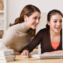 mom_teen_computer