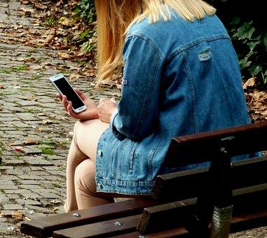 peer-to-peer grooming online safety